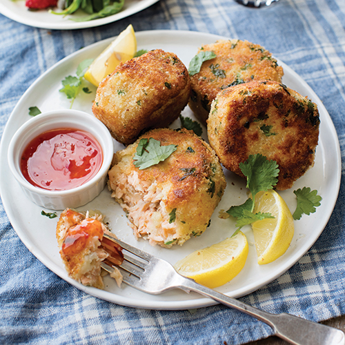 Salmon Fishcakes with Spinach and Strawberry Salad by paula mee